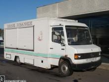 camión Mercedes Vario 711