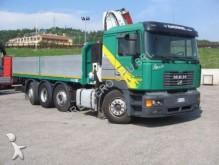 camión MAN 35.414 e2000