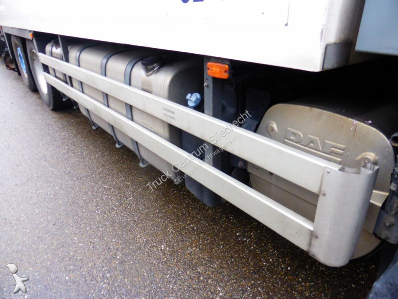 Camion daf frigo mono temp rature xf105 6x2 gazoil euro 5 hayon occasion n 2407291 - Temperature frigo 10 degres ...