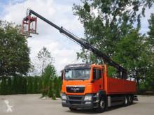Voir les photos Camion MAN 26.400 6x2 Pritsche Kran HIAB 166K PRO