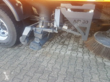 Voir les photos Camion MAN 18.330 4x2 BB 18.330 4x2 BB Schmidt AS 990 Airport Sweeper