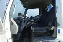 Voir les photos Camion Mitsubishi CANTER 65C15 4X2 RECOVERY TRUCK WINCH RADIO EURO 5