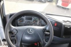 Voir les photos Camion Mercedes Frigo Mercedes Atego 1524