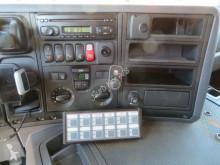 Voir les photos Camion Scania P310 8x2*6 24.500 L ADR