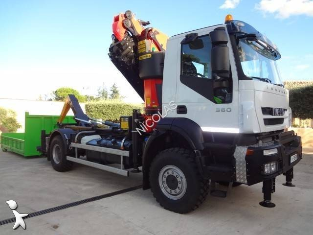 new iveco trakker hook lift truck guima 190 t 36 w 4x4 diesel euro 5 crane n 1439302. Black Bedroom Furniture Sets. Home Design Ideas