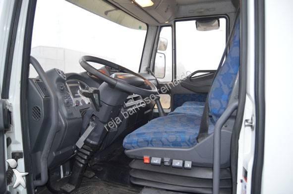 gebrauchter iveco eurocargo kastenwagen 120e21 4x2 diesel. Black Bedroom Furniture Sets. Home Design Ideas
