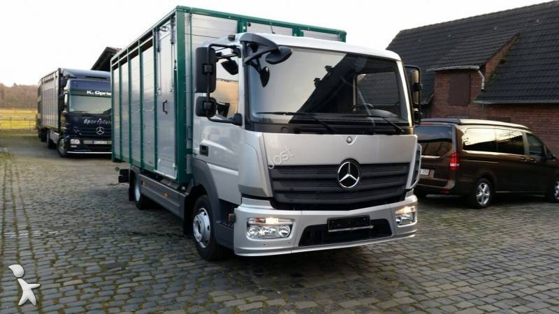 camion b taill re bovins occasion mercedes atego 822 gazoil annonce n 1657354. Black Bedroom Furniture Sets. Home Design Ideas