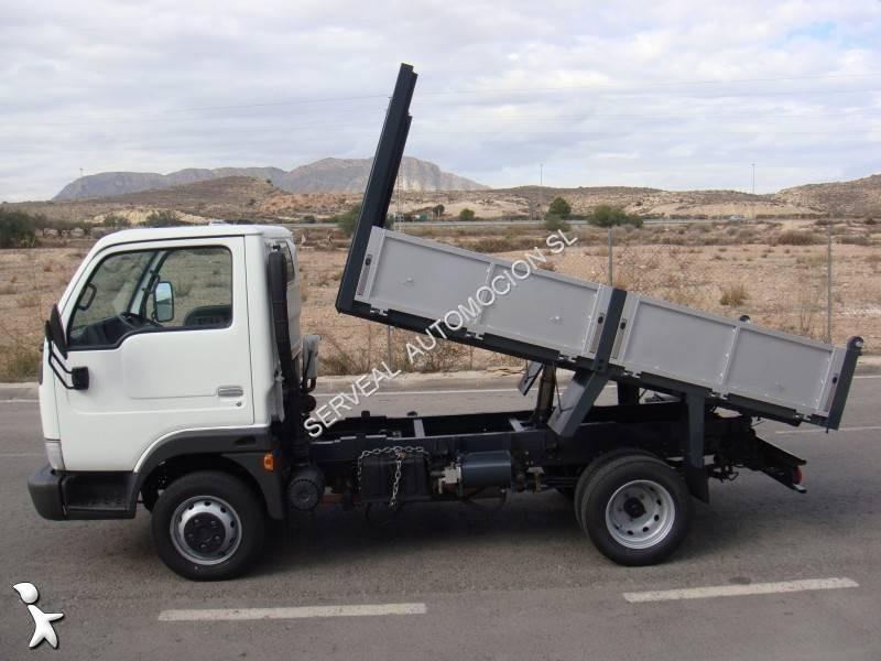 camion nissan benne cabstar tl euro 4 occasion n 1796708. Black Bedroom Furniture Sets. Home Design Ideas