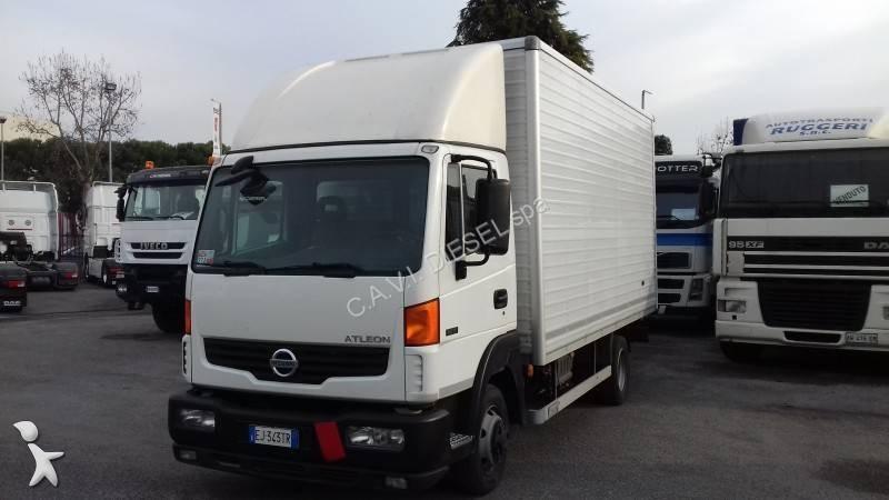 camion nissan furgone atleon 4x2 gasolio euro 5 usato n 1838483. Black Bedroom Furniture Sets. Home Design Ideas