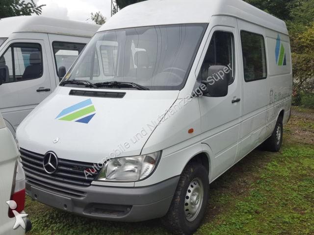 gebrauchter mercedes kastenwagen 208 cdi sprinter hoch und lang mixto 6 sitzer diesel euro 3 n. Black Bedroom Furniture Sets. Home Design Ideas