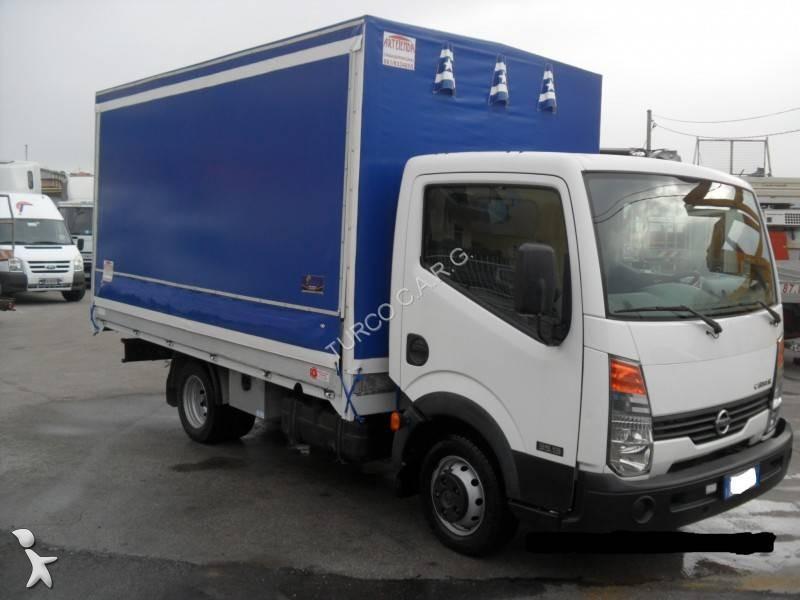 camion nissan rideaux coulissants plsc cabstar euro 4 occasion n 2034543. Black Bedroom Furniture Sets. Home Design Ideas
