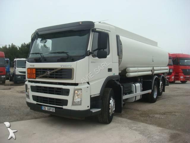 camion citerne hydrocarbures occasion volvo fm12 380 annonce n 2073835. Black Bedroom Furniture Sets. Home Design Ideas