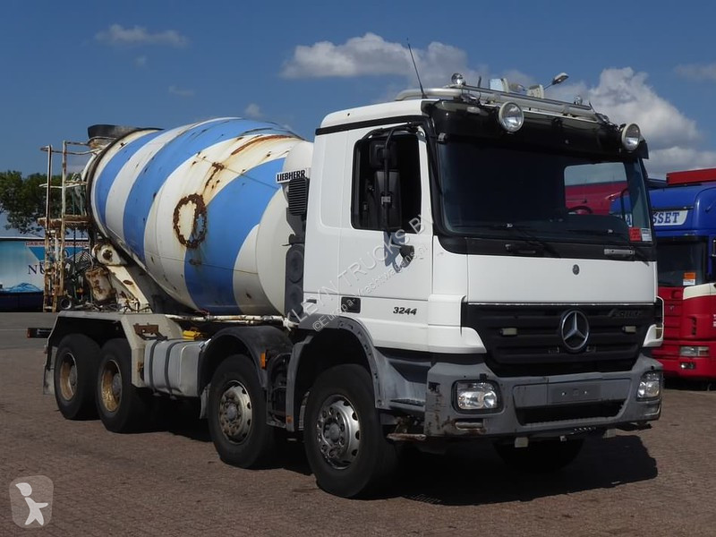 camion mercedes b ton toupie malaxeur actros 3244 8x4 euro 4 occasion n 2148002. Black Bedroom Furniture Sets. Home Design Ideas