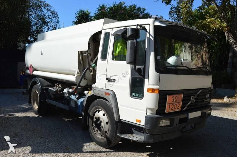 camion volvo citerne hydrocarbures fl6 15 4x2 euro 2 occasion n 2370041. Black Bedroom Furniture Sets. Home Design Ideas