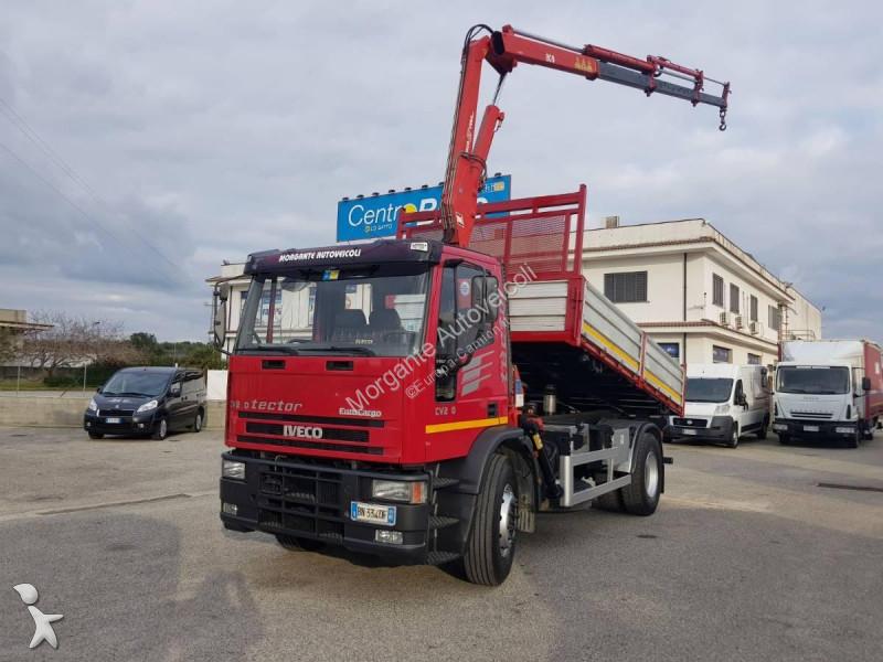 Tweedehands kraan met kipper iveco eurocargo 170e27 k con for Vrachtwagen kipper met kraan