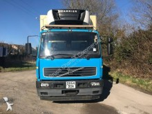 used Volvo FL6 refrigerated truck Carrier 220 4x2 Diesel Euro 3 - n°2606631 - Picture 2
