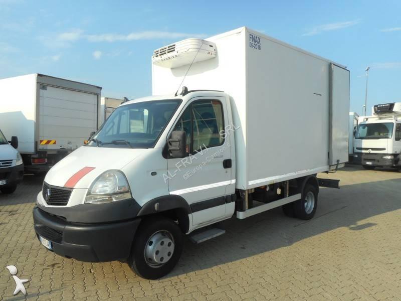 camion renault frigo carrier trasporto carne mascott 150 dxi euro 5 usato n 2638876. Black Bedroom Furniture Sets. Home Design Ideas