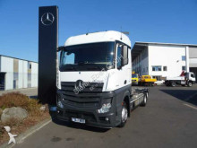 Voir les photos Camion Mercedes Actros 2542 LL 6x2 BDF-Fahrgestell ADR Euro 6