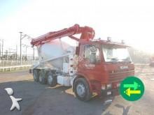 used Scania P concrete mixer + pump truck concrete truck 113P 8x2 Diesel - n°2897038 - Picture 2