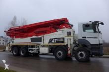 camion Mercedes pompe à béton 4140 8x4 Putzmeister 47-5 M occasion - n°2989035 - Photo 2