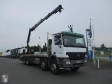 Vedeţi fotografiile Camion Mercedes