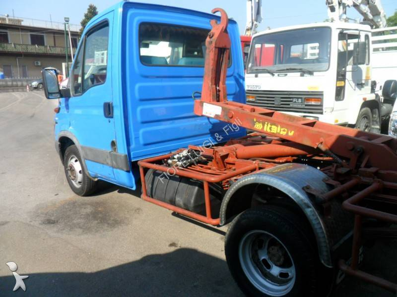 Camion Iveco scarrabile Daily 35C13 4x2 usato - n°595750