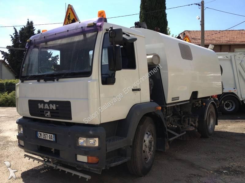 camion balayeuse eurovoirie cityfant60 4x2 gazoil euro 3. Black Bedroom Furniture Sets. Home Design Ideas