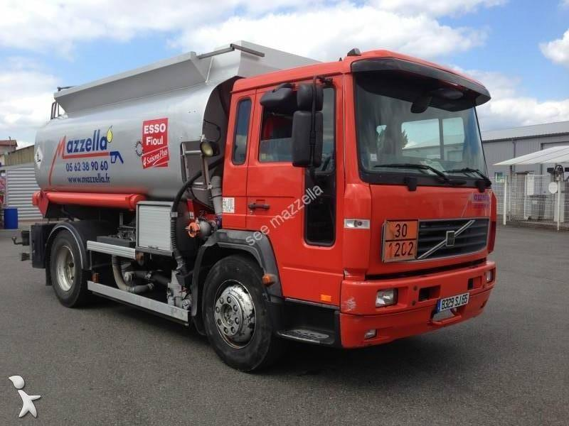 camion citerne hydrocarbures occasion volvo fl6 250 gazoil annonce n 903876. Black Bedroom Furniture Sets. Home Design Ideas