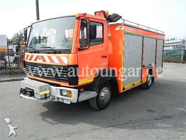 camion pompiers occasion nc nc mercedes benz 917 lf tlf feuerwehr wassertank generator mast. Black Bedroom Furniture Sets. Home Design Ideas