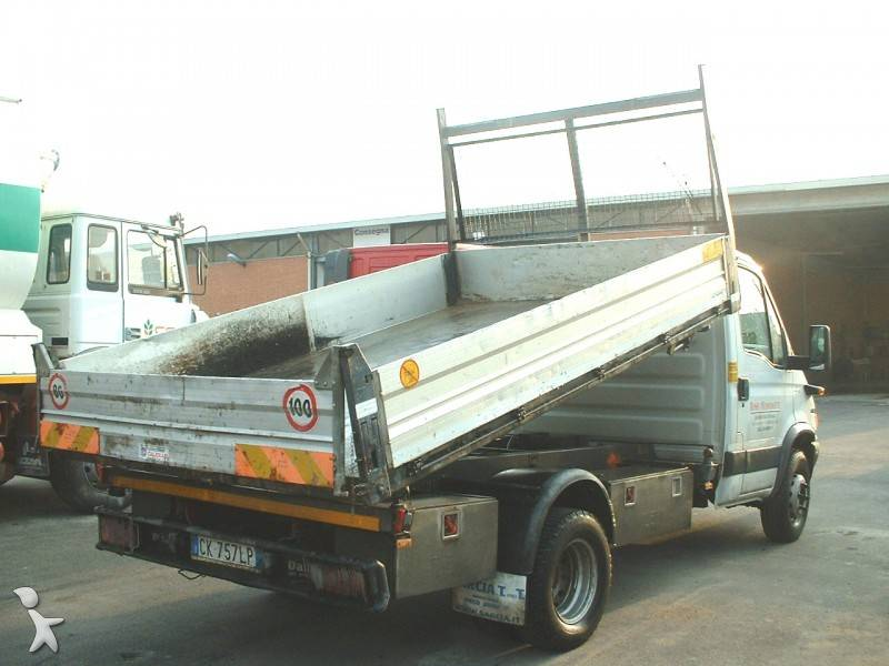 camion iveco tri benne daily 65c15 4x2 gazoil euro 3. Black Bedroom Furniture Sets. Home Design Ideas