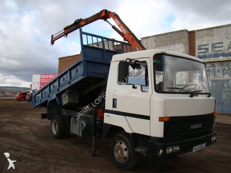 camion nissan ribaltabile l usato n 1699542. Black Bedroom Furniture Sets. Home Design Ideas