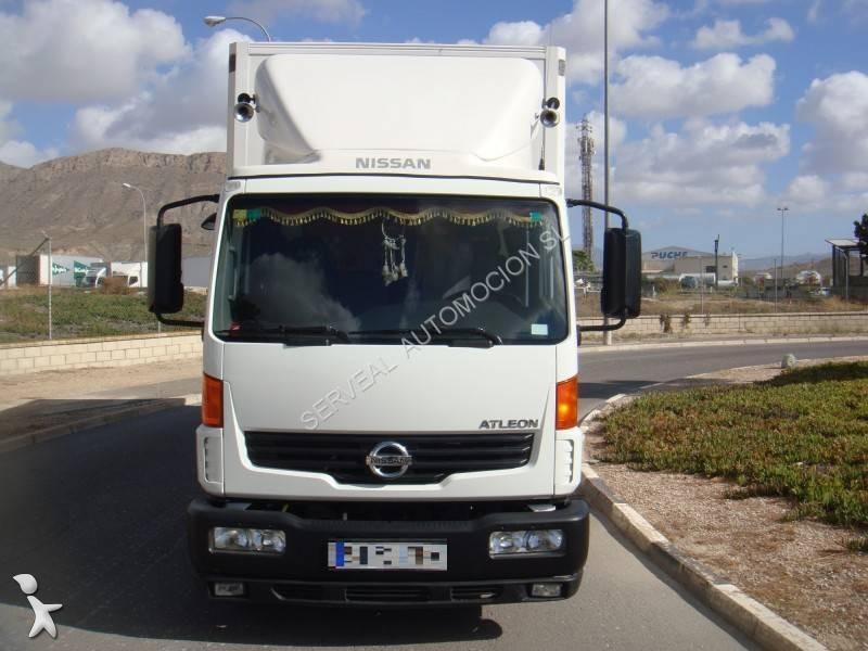 camion nissan furgone atleon euro 4 usato n 1710641. Black Bedroom Furniture Sets. Home Design Ideas