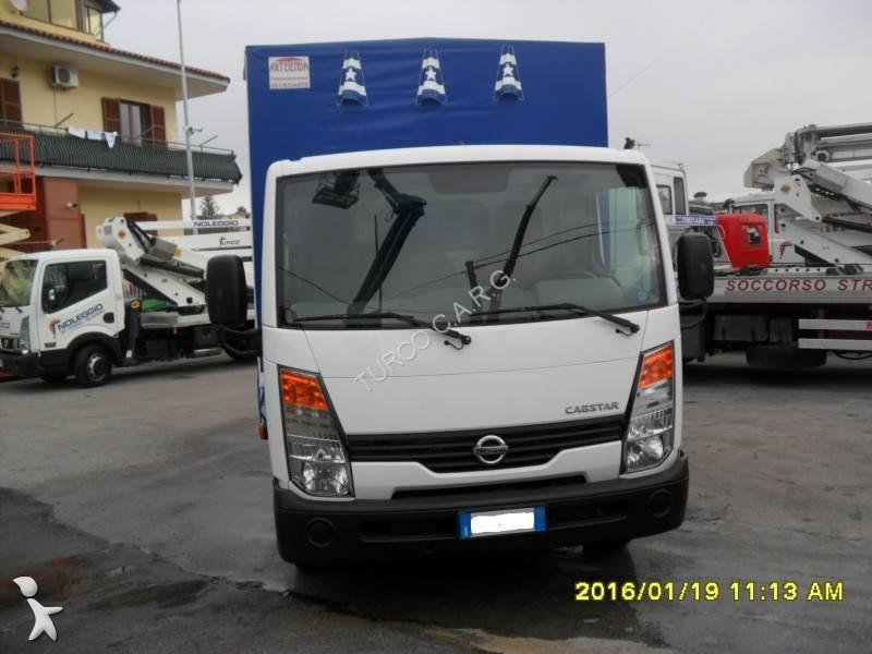 camion nissan teloni scorrevoli centinato alla francese cabstar euro 4 usato n 2034543. Black Bedroom Furniture Sets. Home Design Ideas