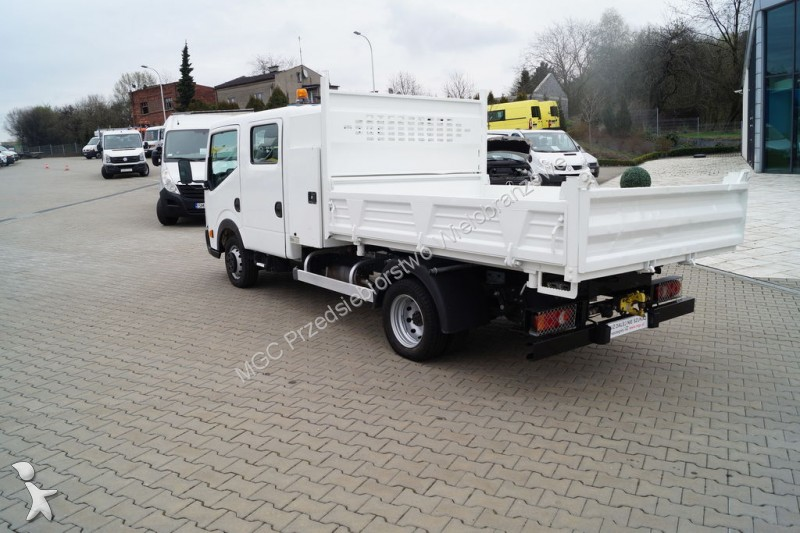 camion nissan plateau cabstar gazoil occasion n 2117861. Black Bedroom Furniture Sets. Home Design Ideas