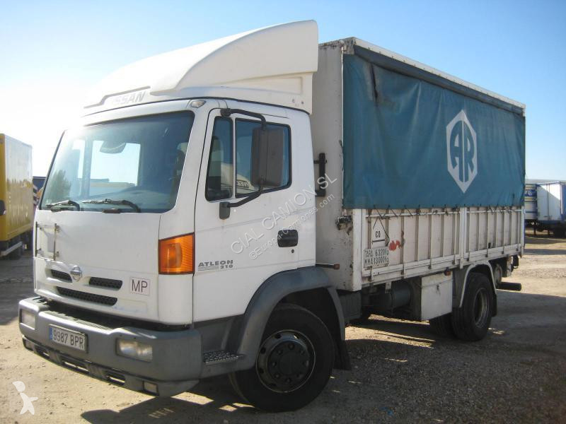 camion nissan plateau standard atleon 210 4x2 gazoil euro 3 occasion n 2181112. Black Bedroom Furniture Sets. Home Design Ideas