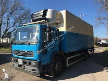used Volvo FL6 refrigerated truck Carrier 220 4x2 Diesel Euro 3 - n°2606631 - Picture 3