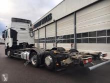 Voir les photos Camion Renault T 460 6x2 26T COMFORT LOW PORTE CONTAINER