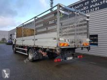 Voir les photos Camion Iveco Eurocargo 160 E 22 tector