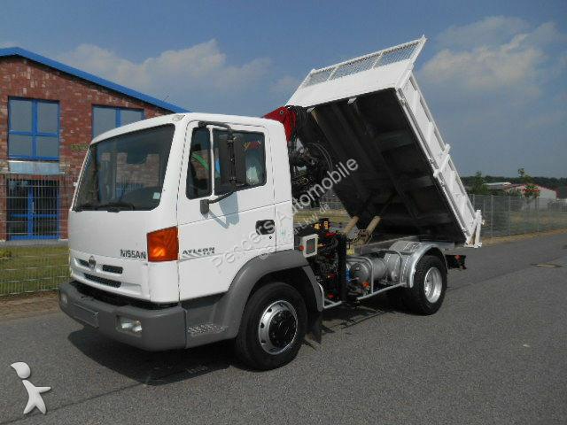 camion nissan ribaltabile atleon 165 kipper kran gasolio usato n 1746670. Black Bedroom Furniture Sets. Home Design Ideas