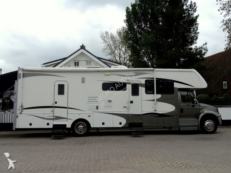camion international magasin gulfstream camper slide-out grote garage gazoil occasion