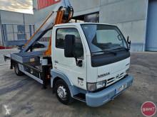 Voir les photos Camion Nissan 160 ALU