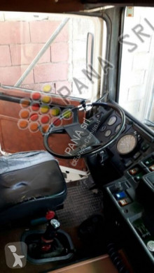 Voir les photos Camion Volvo F12
