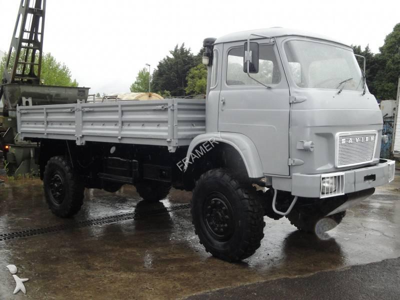 camion renault plateau ridelles trm 4000 4x4 gazoil. Black Bedroom Furniture Sets. Home Design Ideas