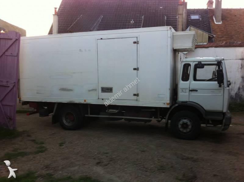 camion renault frigo mono temp rature midliner 140 4x2 gazoil hayon occasion n 855813. Black Bedroom Furniture Sets. Home Design Ideas