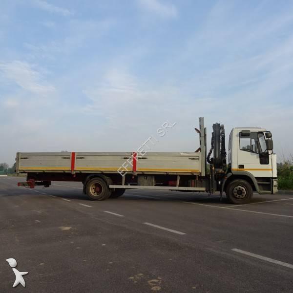 Camion iveco cassone fisso eurocargo 130e18 4x2 gasolio for Effretti usato