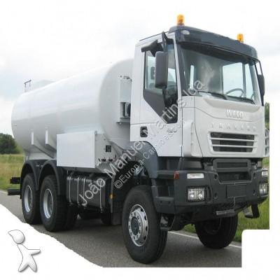camion iveco citerne ad380t42wh neuf n 2486381. Black Bedroom Furniture Sets. Home Design Ideas