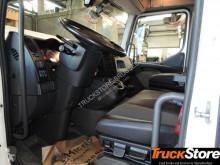 Voir les photos Camion Renault D240