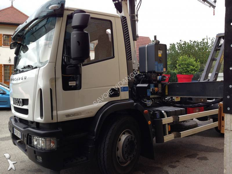 Tweedehands kraan met kipper iveco eurocargo 180e30 4x2 for Vrachtwagen kipper met kraan