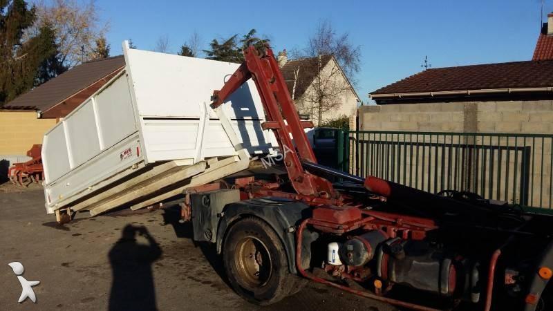 camion iveco polybenne eurocargo 60e10 4x2 gazoil euro 1 occasion n 1548744. Black Bedroom Furniture Sets. Home Design Ideas
