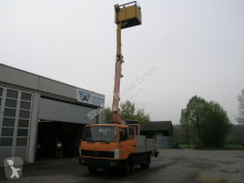 Voir les photos Camion Mercedes LK 709 D Hubsteiger Korb